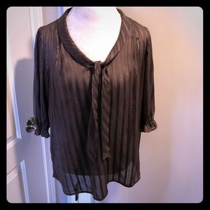 Mossimo Brown blouse with gold thread